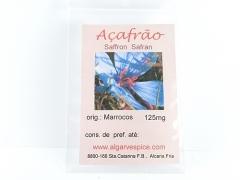Saffron, strings, whole