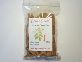 Cinnamon Canehl,sweet, sticks, broken